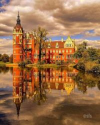 5.17 Muskau is a schloss in Saxony