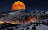Super Moon rising above Sierra Nevada Sequoia Park, CA