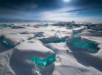 Turquoise-Ice-Northern-Lake-Baikal