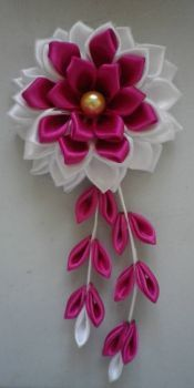 flower with dangles