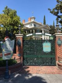 Haunted Mansion Disneyland