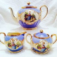 Pictorial tea set