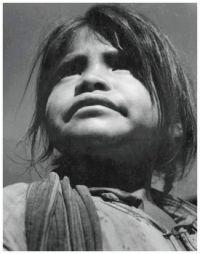 Niña Indígena, Oaxaca, Mexico ~ Leo Matiz (Colombia)