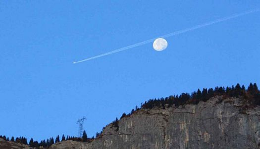 Flight behind the moon