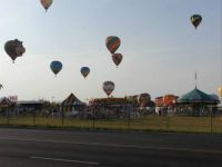 25 Balloons returning at evening