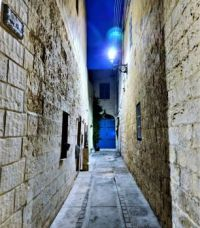 Alley Number 8
