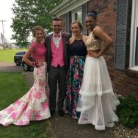 IMG_0794[500].jpg MADELYN WASHBURN, AUSTIN KISEGY, MAKAYLA KISEGY AND DESTINY    Prom night April 28, 2017