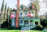 scenic-victorian-homes-exterior-7