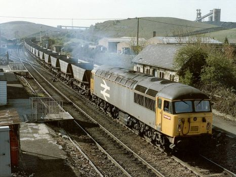 Class 56018 at the former Shirebrook Station - 9th Apr 1990