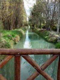 Canal de riego en Trelew (Chubut)