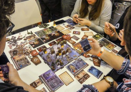 Theme. Toys and games : gloomhaven