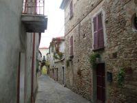 DSC00518  Mombaldone, Italy