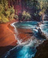 Kaihalulu beach, Hawaii  5825