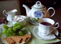 A Light Tea