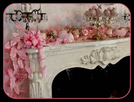 Other end of the Beautiful Pinknblack Christmas mantel