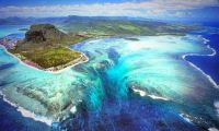 Optical Illusions - Underwater Waterfall, Mauritius