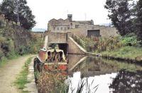 A cruise along the Huddersfield Narrow Canal (972)