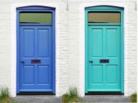 blue-and-turquoise-door