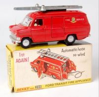 DINKY TOYS - FORD TRANSIT FIRE APPLIANCE 🚒👨🏻🚒👩🏻🚒🧯