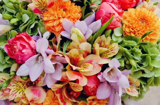 spring-scented-bouquet-london-freesia-and-roses