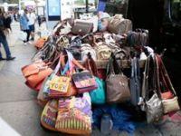 NYC purse vendor