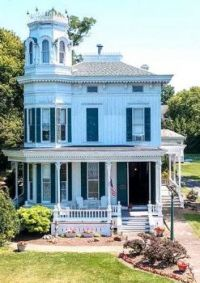 1875 Victorian Home