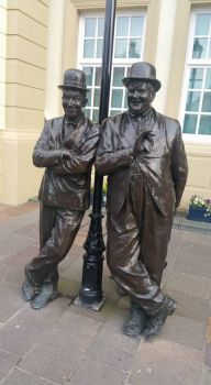 Stan  Laurel  and Oliver   Hardy  Statues   Ulverston