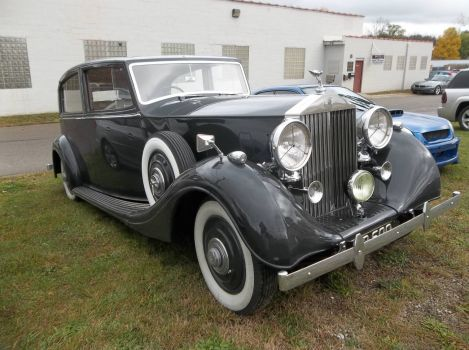 Rolls 1939 right hand drive