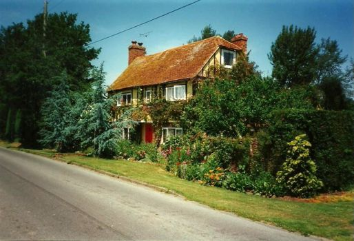 House near Bethersden, Kent.  Photo by Roger Smith