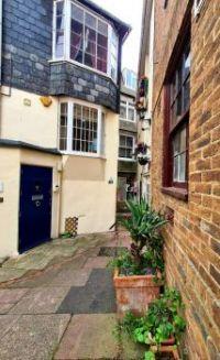 Quadraphenia Alley, Brighton
