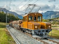 swiss log train.