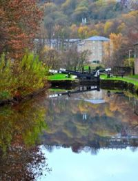 A cruise along the Huddersfield Narrow Canal (223)