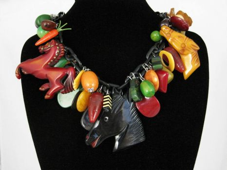 Bakelite Necklace!