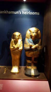 King Tut exhibition, two coffins of premature daughters