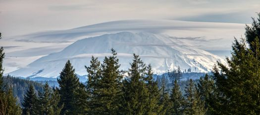 Mt St Helens with a cover March 3