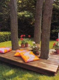 GARDEN IDEAS...BUILD A DECK AROUND YOUR TREES...
