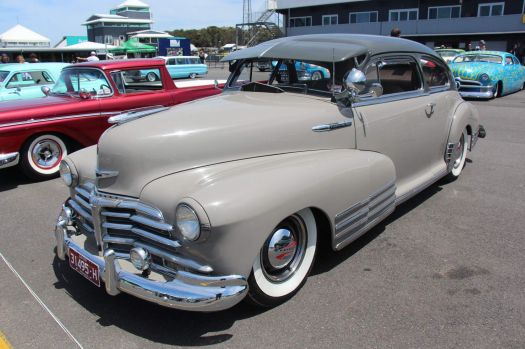 "Chevrolet ""Fleetline Aerosedan"" - 1948"