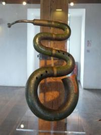 Serpent (the musical kind)