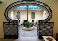 19 10 08 Hostel Patio_Xativa_Spain_IMG_1396