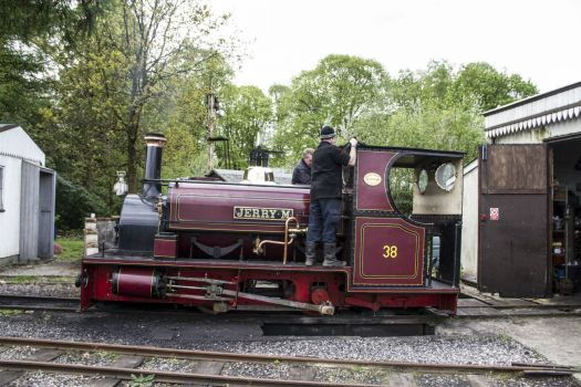 hollycombe steam collection 04-05-2014 hunslet 0-4-0 ng saddle tank 638 1895 jerry m 02