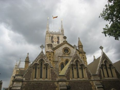 Southwark Cathedral - Storm Brewing!