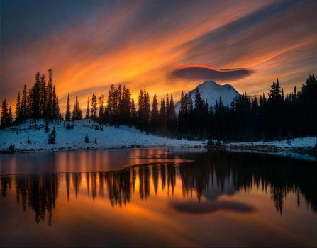 Mt. Rainier from Tipsoo Lake WA, USA