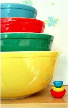 Pyrex Bowls - Big and Little