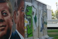 More Berlin Wall segments
