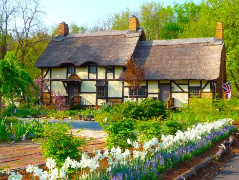 Pretty English Cottage