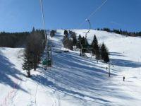 Smuka na jasen dan - Skiing on a sunny day