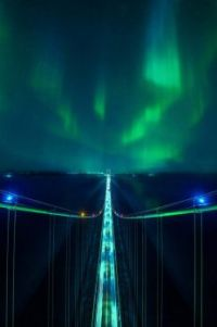 NORTHERN LIGHTS FROM THE TOP OF MACKINAC BRIDGE  Driftershoots