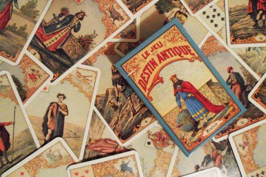 Старинная карточная игра