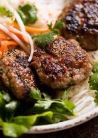 Bún Chả : Vietnamese MeatBalls with Rice VermiCelli