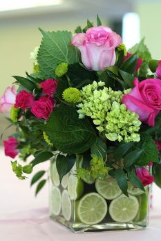 Roses & lime centerpiece